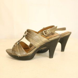 Solos by Softsorts Women's 8 Metallic High Heels